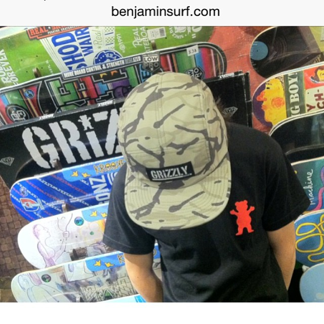 We now carry @grizzlygriptape clothing! Check out ?BenjaminSurf.com? for more! #benjaminscc #grizzly #grizzlygrip #skateboarding #cctx #corpuschristi #skateshop #benjaminsurfnskate
